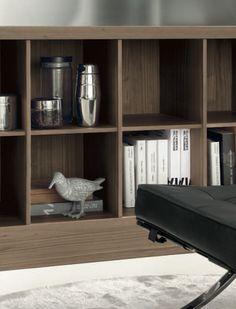 Isla de cocina con biblioteca abierta. Bookcase, Shelves, Home Decor, Kitchen Islands, Shelving, Decoration Home, Room Decor, Book Shelves, Shelving Units