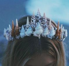 Or opt to go *au naturel*. | Mermaid Crowns Are The New Flower Crowns And I'm Not Mad At It