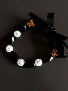 Half bow. Handmade Jewellery, Handmade Bracelets, Natural Stone Jewelry, Colour Board, Black Heart, Online Fashion Stores, Pink Black, Jewelry Shop, Girly