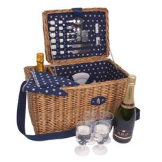 Deluxe 4 Person Picnic Basket Set - With Shoulder Strap by MillingtonsGifts on Etsy