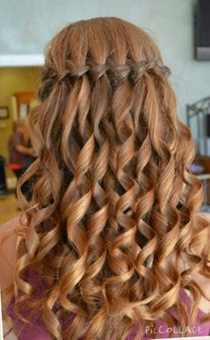 I LLLLLLLOOOOOOOOVVVVVVVVVEEEEEEE THIS hairstyles