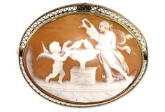 Italian Thoughts of Love Cameo Brooch/Pendant | The Vintage Jewelry Chick | Vintage Jewelry Chick
