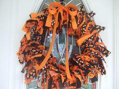 Halloween decorating ides. Rag wreath tutorial.