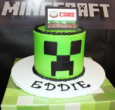 Minecraft Creeper cake by Sweet Soirees of Chicago