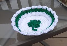 Small Shamrock Basket Crochet Pattern