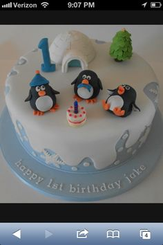 Winter onederland birthday cake.