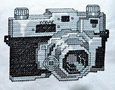 Vintage Camera Cross Stitch Pattern Instant por tinymodernist