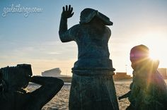 Tragédia do Mar (Tragedy at Sea) sculpture, Matosinhos Beach