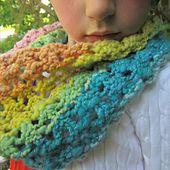 Ravelry: Popcorn Lace Cowl pattern by Rachel Jones