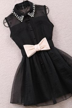 Black dress with bow tie and sparkles(: Grad Dresses, Cute Dresses, Short Dresses, Cute Outfits, Bow Dresses, Black Outfits, Party Dresses, Dress With Bow, The Dress