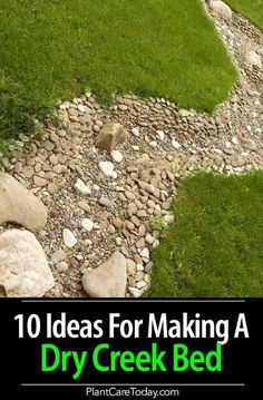 10 Ideas On Making Your Own Dry Creek Bed Many homeowners wanting a dry creek bed often end up with a drainage ditch. For ideas along with form and function [LEARN MORE] Dry Riverbed Landscaping, River Rock Landscaping, Home Landscaping, Landscaping With Rocks, Front Yard Landscaping, Rock Drainage, Gutter Drainage, Backyard Drainage, Drainage Ditch