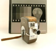 8mm Keystone Capri K25 Movie Camera 1946