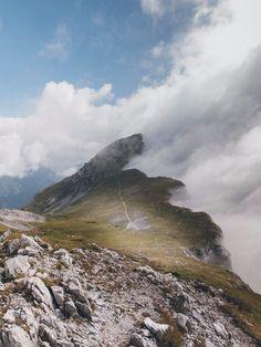 """Der Nationalpark """"Gesäuse""""   Holzkern Blog Österreich, Steiermark, Austria, Styria, Zeit für Natur, Nature, Berge, Wälder, Mountains, Forests, Adventure, Blogging, Landscape, Photography, Travel Austria, Destinations, Traveling, Clouds, Mountains, Landscape, Nature, Beautiful, Hiking Trails"""