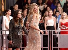 Kelsea Ballerini from 2017 Grammys Red Carpet Candid Moments The country cutie is all smiles at her very first Grammys. Kelsea Ballerini, All Smiles, Bridesmaid Dresses, Wedding Dresses, Favorite Person, Celebrity News, Candid, My Idol, Famous People