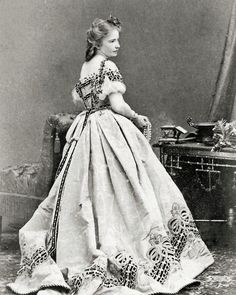 8 by 10 Civil War Photo Print Woman in Exquisite Dress. Gorgeous trim