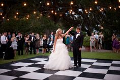 I want a checkered dance floor!!