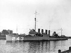 USS Sands Clemson-class Destroyer named for Benjamin F. Tin Can Sailors, Us Navy Destroyers, Go Navy, Capital Ship, Navy Ships, United States Navy, Submarines, Ship Art, Battleship