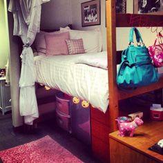 10 Ways to Decorate Your Dorm Room | Her Campus