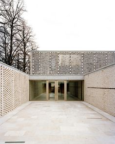 Gallery of 18 Fantastic Permeable Facades - 12
