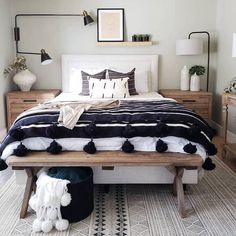Get inspired by Eclectic Bedroom Design photo by Room Ideas. Wayfair lets you find the designer products in the photo and get ideas from thousands of other Eclectic Bedroom Design photos. Home Interior, Interior Design, Interior Livingroom, Interior Ideas, My New Room, Home Bedroom, Tiny Master Bedroom, Mid Century Modern Master Bedroom, West Elm Bedroom