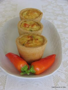 Tortinhas de Siri Quiche, Stuffed Peppers, Vegetables, Breakfast, Food, Resep Pastry, Yummy Recipes, Savory Snacks, Cook