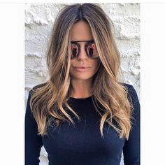 Medium, Beachy Waves with Ombre Highlights - 40 On-Trend Balayage Short Hair Looks - The Trending Hairstyle Blonde Hair With Highlights, Brown Blonde Hair, Balayage Hair Blonde, Light Brown Hair, Subtle Highlights, Brown Balayage, Medium Hair Styles, Short Hair Styles, Biolage Hair