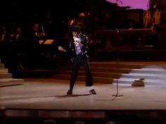 El 'Moonwalk' de Michael Jackson cumple 30 años.