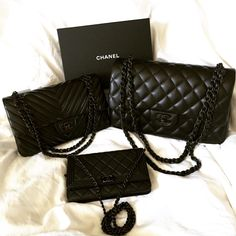 "Chanel Chevron ""So Black"" in med/large flap bag. Chanel Outfit, Chanel Boy Bag, Chanel Handbags, Fashion Handbags, Fashion Bags, Black Handbags, Luxury Bags, Luxury Handbags, Designer Handbags"