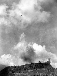 Planes dive bomb positions on ridge. August 1944 - Guam Ww2 History, Guam, Military Photos, War Machine, Troops, World War Ii, Marines, Wwii, 1940s