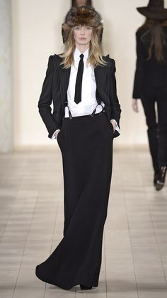 Ralph Lauren Fall/Winter 2015 via @stylelist | http://aol.it/17yTqsc