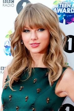 Long Live Taylor Swift, Taylor Swift Pictures, Taylor Alison Swift, Red Taylor, Taylor Swift Outfits, Taylor Swift Bangs, Taylor Swift Hairstyles, Taylor Swift Makeup, Taylor Swift Wallpaper