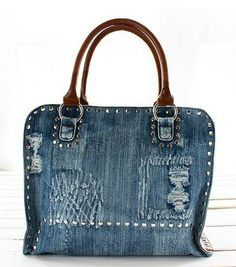 Different crafts with jeans Jean Purses, Purses And Bags, Luxury Bags, Luxury Handbags, Mochila Jeans, Nike Wedges, Denim Handbags, Fashion Handbags, Denim Purse