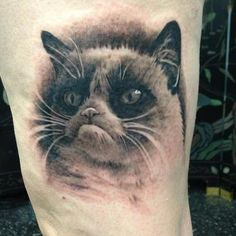 92 Cat Tattoos: every kind of kitty cat tattoo, style, cat tattoo design, and placement. All the Cat Tattoos info that you need. Girly Tattoos, Cool Small Tattoos, Badass Tattoos, Cool Tattoos, Awesome Tattoos, Tattoos For Women Cat, Shoulder Tattoos For Women, Bird Hand Tattoo, Tattoo Shading
