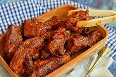 Ragacsos, mézes-mázas sült oldalas – Rupáner-konyha Beef Recipes, Recipies, Cooking Recipes, Chicken Wings, Sausage, Bacon, Paleo, Food And Drink, Meat