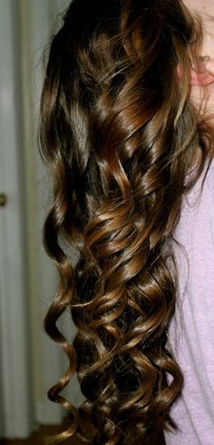 I love her long curly hair! I wish my hair would look like this! Love Hair, Great Hair, Gorgeous Hair, Blond, Long Curly, Hair Dos, Pretty Hairstyles, Hair Hacks, Locks