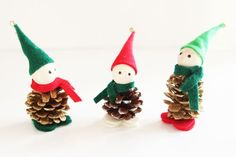 These pinecone elves are ADORABLE! They're really easy to put together and they make super cute ornaments. You can even tie them onto a garland! So cute!