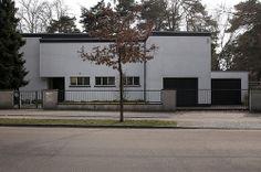 Haus Lewin in Berlin-Zehlendorf, by Walter Gropius, 1928-1929