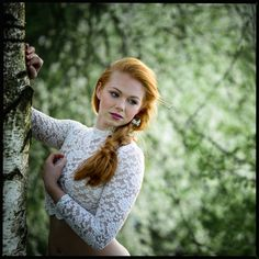 Beauty spring pohotoshooting with amazing model Anna and my make-up and hairstyling #Redhair #Blueeyes #Makeup #Hairstyling #Braidalhaistyl #Beauty #Photoshooting