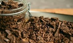 Satisfy your sweet tooth cravings with our keto chocolate recipes which are very easy to make. These keto-friendly chocolate recipes offer bold chocolaty flavor without all of the sugar you'd find in milk chocolate candy. Happy Chocolate Day, Best Chocolate, Chocolate Desserts, Baking Chocolate, Chocolate Cake, Barra Chocolate, Chocolate Movie, Tempering Chocolate, Chocolate Tiramisu