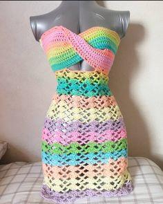 Pastel Fifth gear dress Motif Bikini Crochet, Crochet Girls Dress Pattern, Crochet Beach Dress, Crochet Romper, Black Crochet Dress, Romper Pattern, Crochet Clothes, Diy Clothes, Crochet Crop Top
