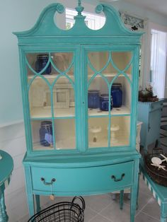 Distressed Antique China Cabinet painted with Annie Sloan paints Antique China Cabinets, Painted China Cabinets, Antique Hutch, Curio Cabinets, Antique House, Kitchen Cabinets, Paint Furniture, Furniture Projects, Furniture Makeover