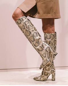 FASHION BOOTS Snake Skin, Fashion Boots, Knee Boots, Shoes, Zapatos, Shoes Outlet, Footwear, Knee High Boots, Shoe