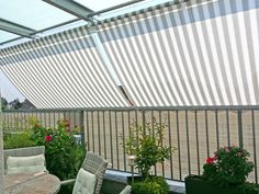 #markise #balkon #blume #streifen Schöner Wohnen mit unseren Markisen.