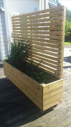 Perfect for privacy planter. Keep in mind the planting side should face the sun otherwise only shade plants will grow Perfect for privacy planter. Keep in mind the planting side should face the sun otherwise only shade plants will grow Privacy Planter, Backyard Privacy, Backyard Patio, Backyard Landscaping, Privacy Screens, Landscaping Ideas, Bamboo Planter, Patio Fence, Privacy Wall On Deck