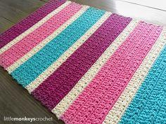 Bubble Gum Accent Rug Crochet Pattern made with Kitchen Cotton yarn from Lion Brand   Free crochet pattern by Little Monkeys Crochet