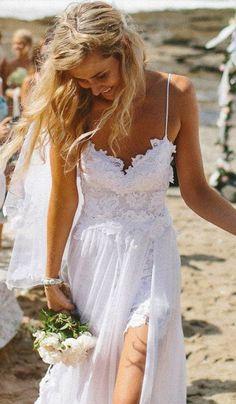 Fashion trends | Exquisite white summer dress