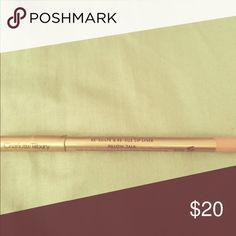 Pillow Talk lip liner This is another favorite of mine. I always purchase by 2's because I wear it so much. Perfect color for all colors of skin. charlotte Tilbury Makeup Lip Liner