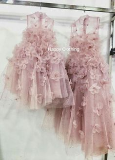 Ideas baby girl party outfit kids for 2019 — Baby Pins Girls Party Outfits, Baby Girl Party Dresses, Party Dress Outfits, Baby Outfits, Little Girl Dresses, Flower Girl Dresses, Baby Party, Dress Party, Fashion Kids