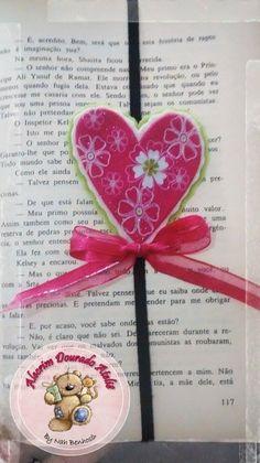 Marcador de páginas #love #felt #feltro #heart #coração #alecrimdouradoatelie