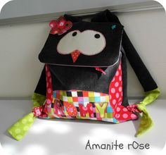 Sac à dos Hiboo Diy And Crafts, Crafts For Kids, Animal Bag, Kids Bags, Art Activities, Sewing For Kids, Diaper Bag, Backpacks, Owl